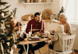 Faire un test covid avant les fêtes : pour ou contre ?